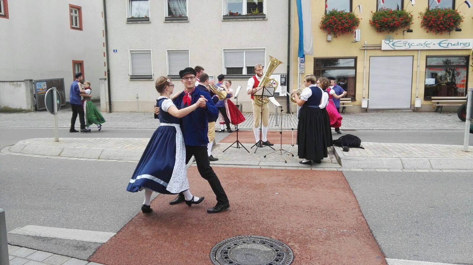Musikverein Grafenrheinfeld Kirchweih 2016 Samstag Planpaare