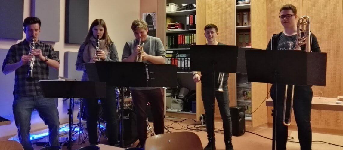 Musikverein Grafenrheinfeld Flo & Co Weihnachtsfeier 2017 Fred Derrick Lutz Leo Böttche Selina Werner Linus Trapp