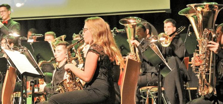 Musikverein Grafenrheinfeld Symphonisches Blasorchester SBO Kulturhalle Konzert Jubiläum 25 Jahre Orchester Symphonische Musik