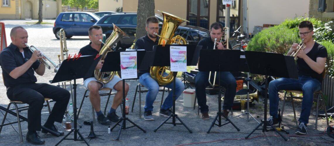 Wie Blech und Schwefel WBUS Musikverein Grafenrheinfeld Blechbläserensemble Autofreier Sonntag Mainbogen Schweinfurt Fränkisches Weinland