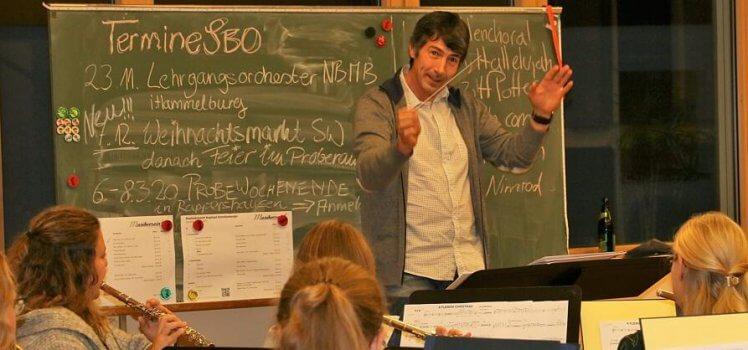 Musikverein Grafenrheinfeld Daniela Schneider Main Post Dr Frank Elbert BDMV Landesdirigent Bayerischer Blasmusik SBO Symphonisches Blasorchester Orchester Dirigent Schweinfurt Musik