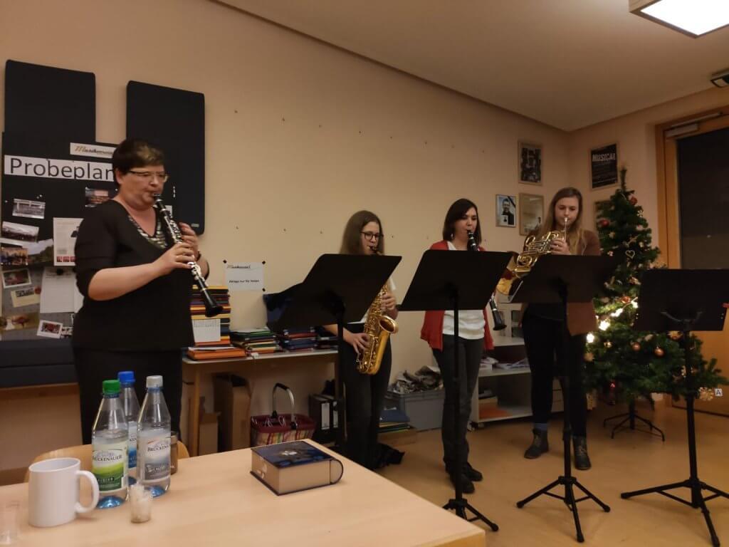 Musikverein Grafenrheinfeld Weihnachtsfeier 2019 SBO Vanessa Kessler Birgit Kraus Anna Bezdeka Doris Eckert